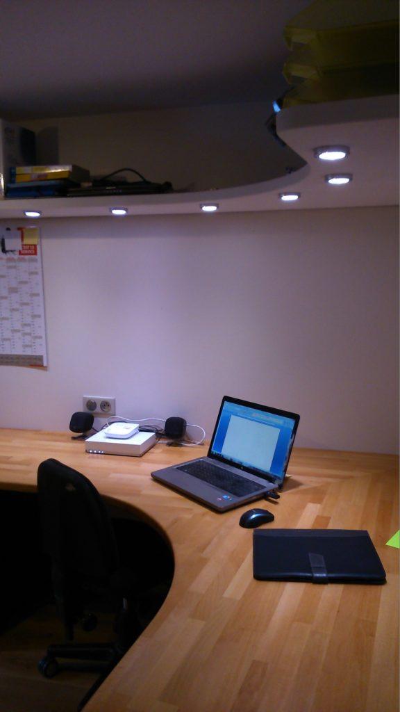 bureau d'angle en hêtre lamellé collé proche villefranche sur Saône 69400