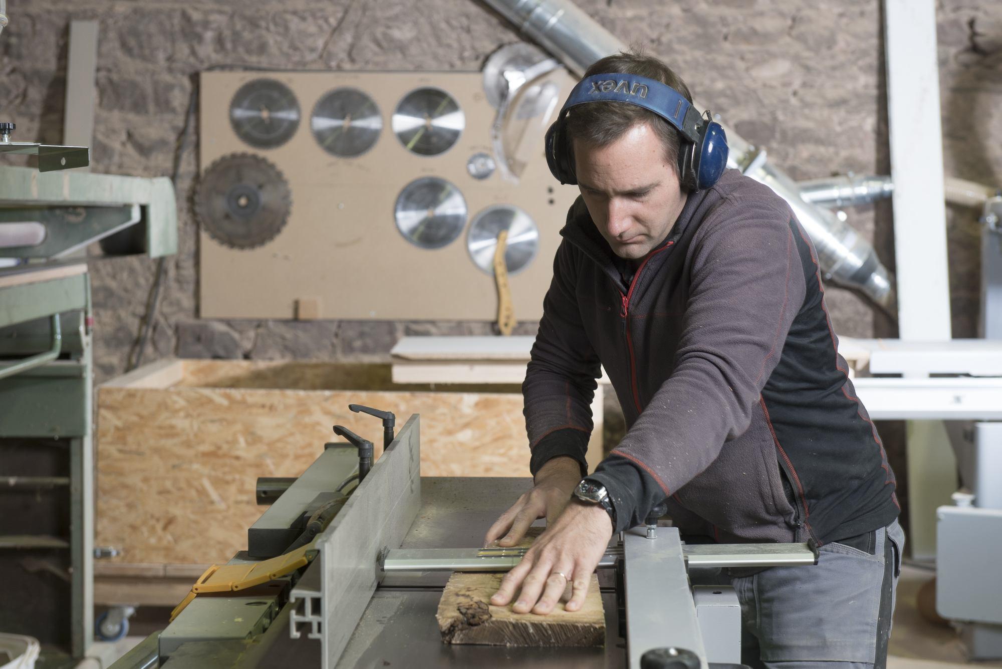 atelier-d-assemblage-des-meubles-jean-d-harcourt